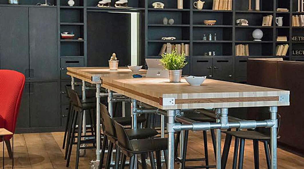 Créations en bois de bout-Table industrielle